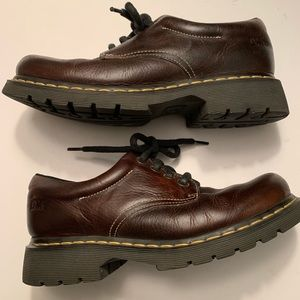 Dr. Martens brown 4 eyelet classic low boots